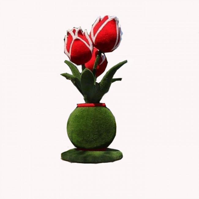 Букет тюльпанов в вазе.